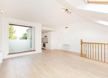 Thumbnail 2 bed flat to rent in Surrey Square, London