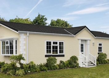 Thumbnail 2 bed mobile/park home for sale in The Paddock, Cranbourne Hall, Winkfield, Windsor