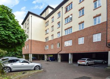2 bed flat to rent in Centrika, Bath Road SL1