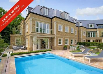 Thumbnail 3 bedroom flat for sale in The Residence, Camlet Way, Hadley Wood, Hertfordshire