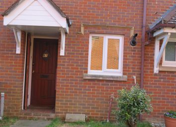 Thumbnail 2 bed property to rent in Fishers Field, Buckingham
