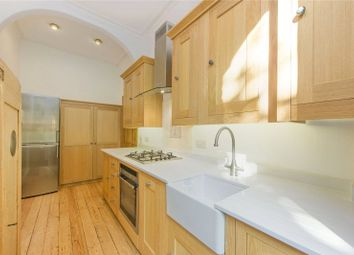 Thumbnail 1 bed flat to rent in Kemplay Road, Hampstead, London