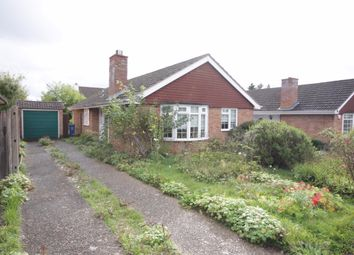 Thumbnail 3 bed bungalow for sale in Gwendale, Maidenhead