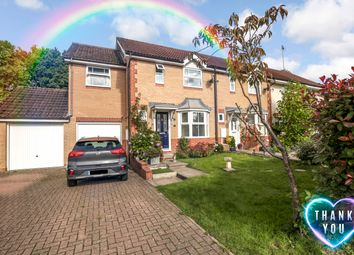 3 bed end terrace house for sale in Goldfinch Close, Horsham RH12