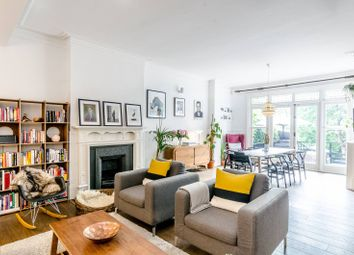 Thumbnail 3 bed flat for sale in Frognal Lane, Hampstead