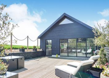 4 bed property for sale in Forest Lane, Ongar CM5