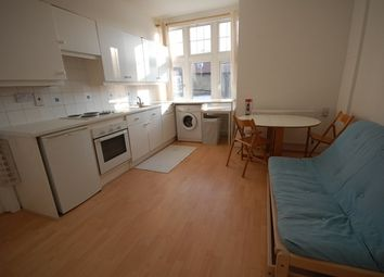 Thumbnail 1 bed flat to rent in Southfield Road, Chiswick