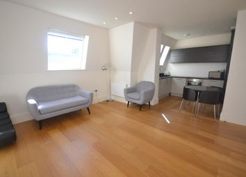 Thumbnail 2 bedroom flat to rent in Kings Road, Reading