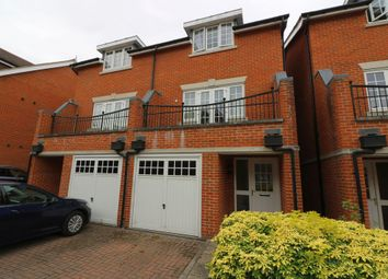 Thumbnail 4 bed town house to rent in Brackendale Close, Englefield Green