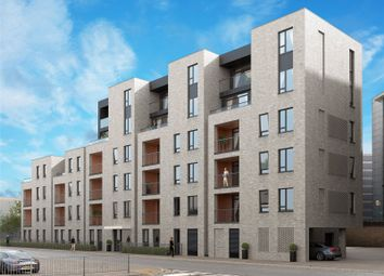 Thumbnail 2 bed flat for sale in Woodford Road, Watford, Hertfordshire