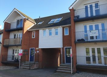 Thumbnail 2 bed property to rent in Stour Road, Harwich, Essex