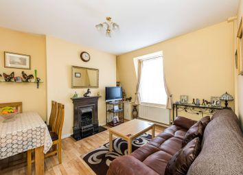 Thumbnail 2 bedroom flat for sale in Willow Place, Westminster
