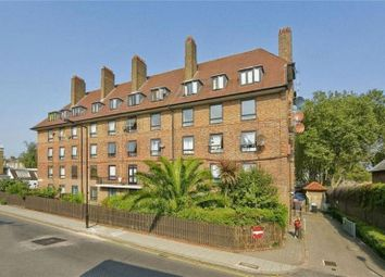 Thumbnail 1 bedroom flat to rent in Banbury House, Victoria Park, Hackney