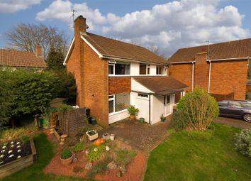 4 bed property for sale in The Cedars, Reigate RH2