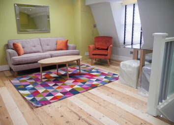 Thumbnail 1 bed flat to rent in Clapham Road, Clapham North