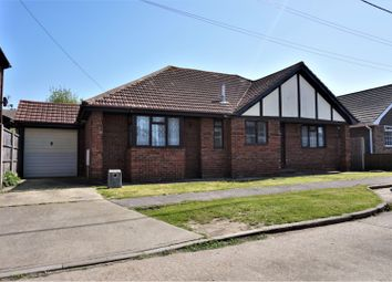 Thumbnail 3 bed bungalow for sale in Hetzand Road, Canvey Island