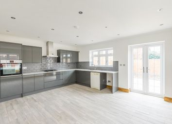 3 bed semi-detached house to rent in Fencepiece Road, Chigwell IG7