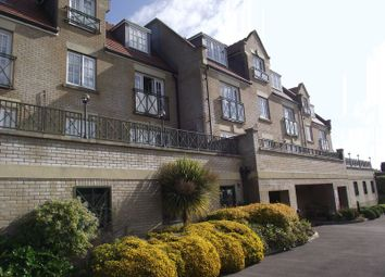 Thumbnail 2 bed flat to rent in Buxton Road, Weymouth