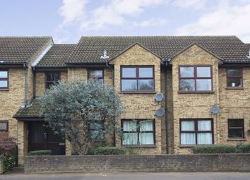 Thumbnail 1 bed flat to rent in Upper Halliford Road, Shepperton
