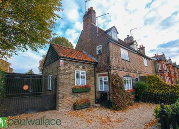 3 bed semi-detached house for sale in College Road, Cheshunt, Waltham Cross EN8