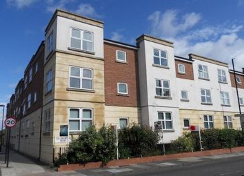 Thumbnail 2 bed flat to rent in Lansdowne Place West, Newcastle Upon Tyne