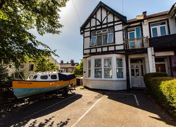 Valkyrie Road, Westcliff-On-Sea SS0. 1 bed maisonette
