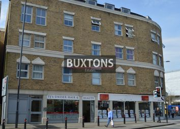 1 bed flat to rent in Highview Point, High Street, Slough, Berkshire. SL1