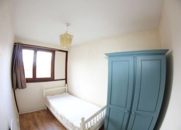 Thumbnail Room to rent in Poplar, London