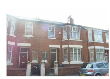 Thumbnail 5 bedroom terraced house to rent in Heald Grove, Rusholme, Manchester