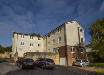 Thumbnail 3 bedroom flat for sale in Moorland Close, Witney