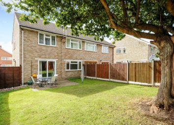 Thumbnail 2 bedroom maisonette to rent in Heron Close, Ascot