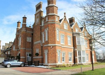 Thumbnail 2 bed flat for sale in Hamels Mansions, Knights Hill, Buntingford, Hertfordshire