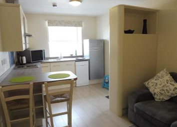 Thumbnail Flat to rent in Long Street, Williton, Taunton
