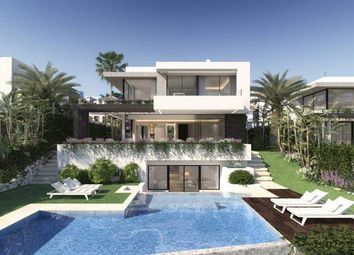 Thumbnail 4 bed villa for sale in Calle Emilio De La Cerda, 3-2, 29002 Málaga, Spain