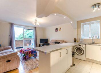 2 bed flat for sale in King Edward Road, High Barnet EN5