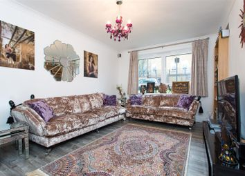 Thumbnail 2 bed flat for sale in Senior Street, London