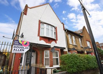 2 bed flat for sale in Perth Road, London E10