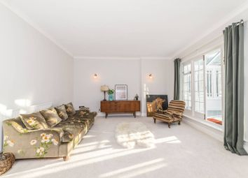 Thumbnail 2 bed flat to rent in The Grove, Highgate