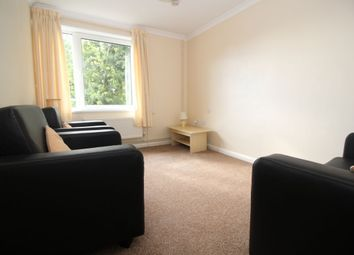 Thumbnail 4 bed flat to rent in Cottage Grove, Southsea