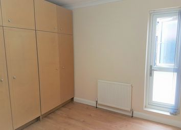 Thumbnail Room to rent in Room 2, Queen Street, Maidenhead