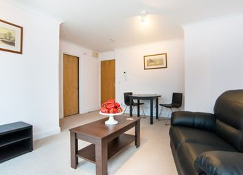 1 bed property to rent in Regent Court, St John's Wood, North Bank NW8