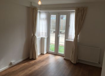 Thumbnail 2 bed flat to rent in Beechlawns Torrington Park, Finchley