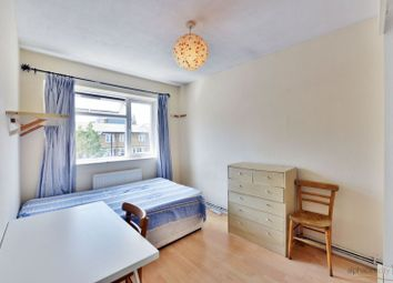 4 bed flat for sale in Salmon Lane, London E14