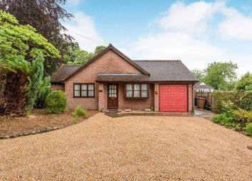 Thumbnail 2 bedroom bungalow for sale in Henley Avenue, Iffley, Oxford, Oxfordshire