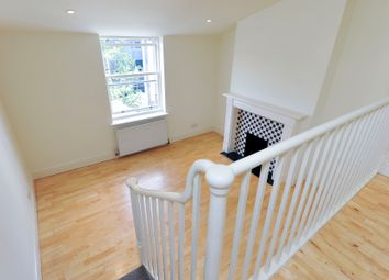 Thumbnail 2 bed flat to rent in Tachbrook Street, Victoria