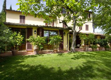 Thumbnail 5 bed villa for sale in Pistoia (Town), Pistoia, Tuscany, Italy
