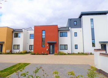 Thumbnail 2 bedroom flat to rent in Exeter Road, Topsham, Exeter
