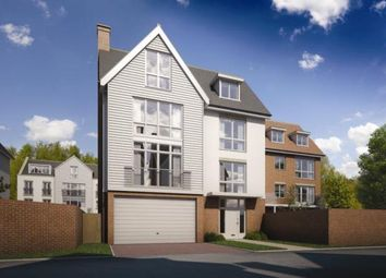 Thumbnail 5 bed detached house for sale in Remembrance Avenue, Burnham- On- Crouch, Essex