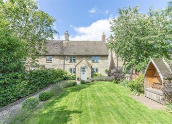 Thumbnail 3 bed cottage for sale in Banbury Road, Woodstock