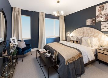 Thumbnail 2 bedroom flat for sale in Wandsworth High Street, London